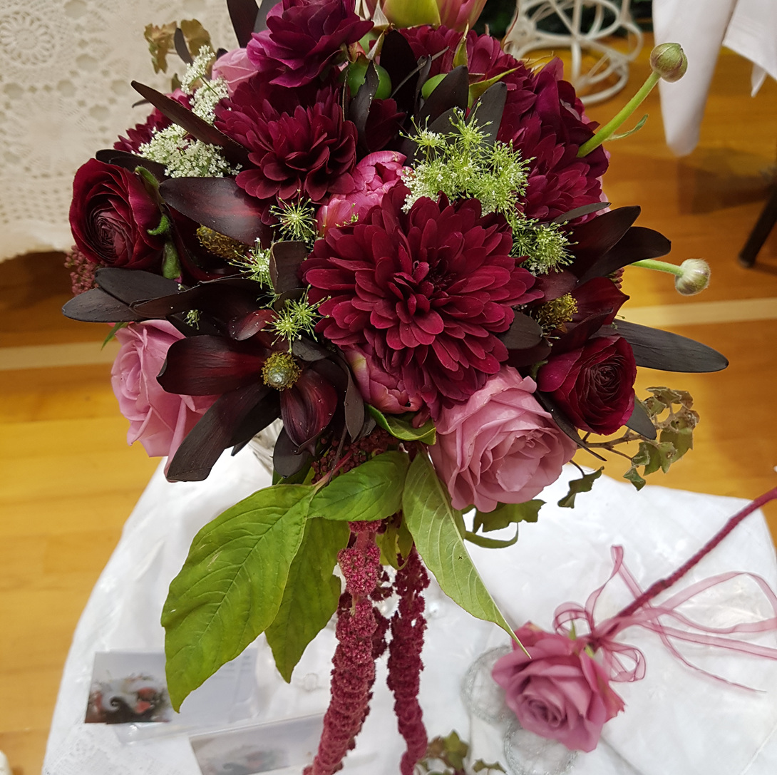 Lois Holdaway Senior Wedding Florist at Bloomers