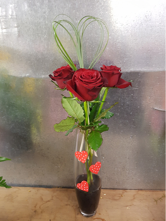 3 Roses In A Vase Bloomers Flower Shop