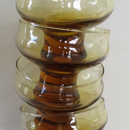 5 amber sundae glasses