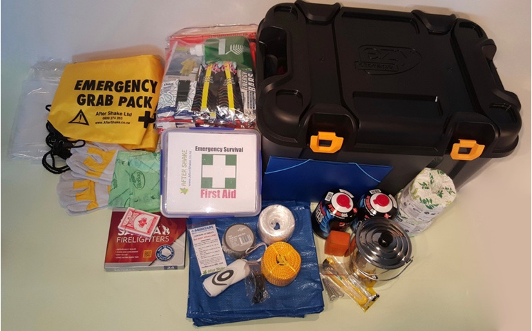 5 Person Emergency Survival Kit