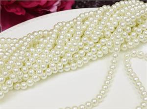 6mm white pearls - 10m