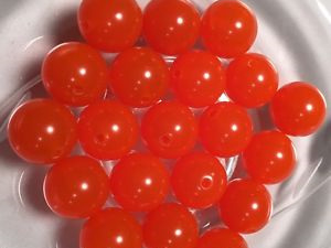 8mm Plastic Egg Beads - Pkt of 100