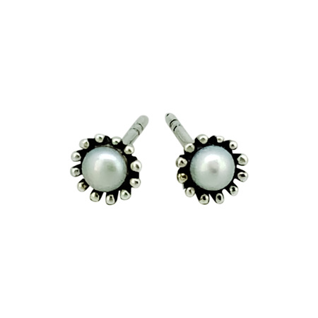 925 Sterling Silver Pear With Dotted Circle Earring