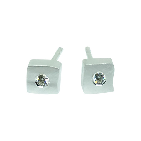 925 Sterling Silver Stretched Cube Earring