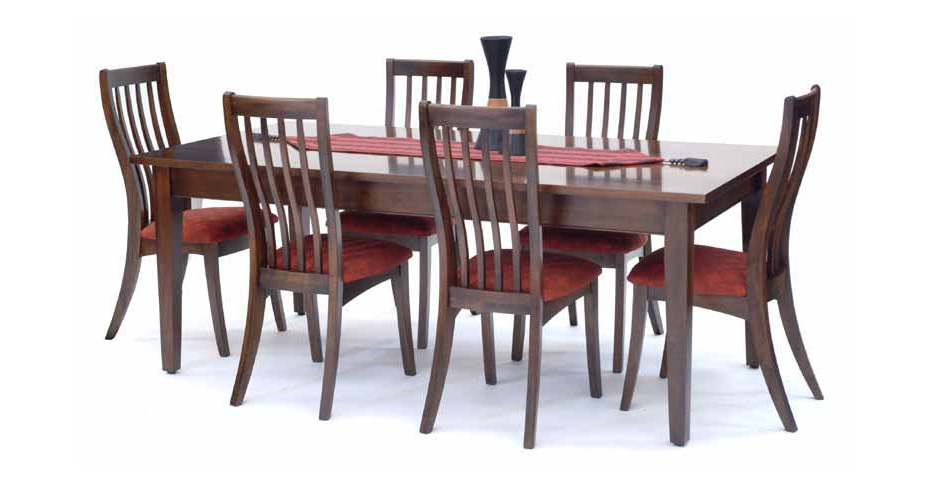 Hilton Dining Table with Lucia Chairs
