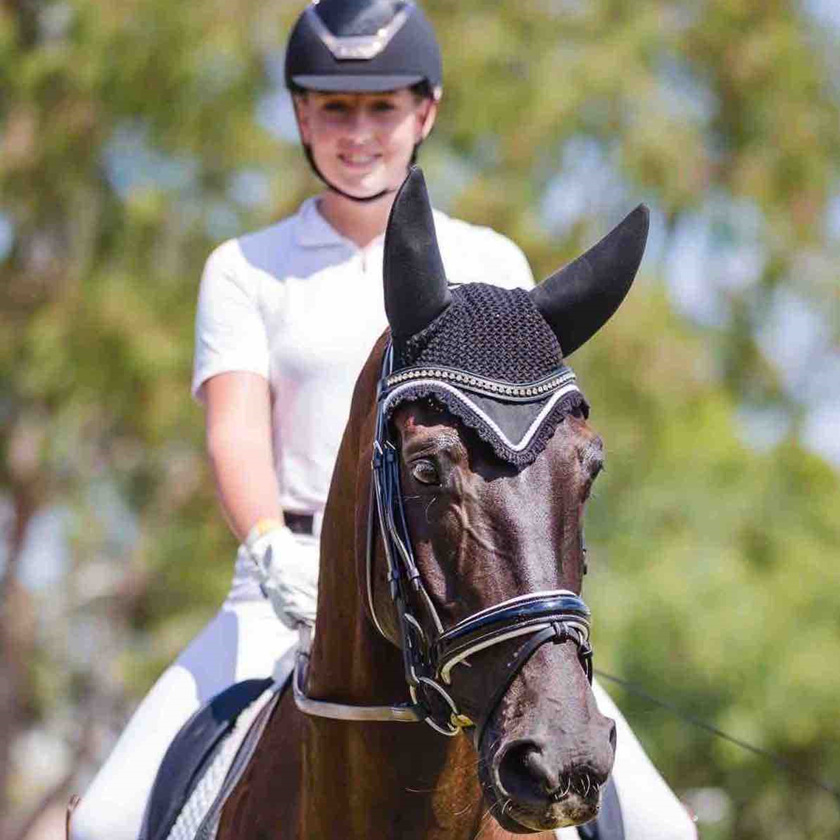 Hope Beerling and Remi Down Under ('Aussie')
