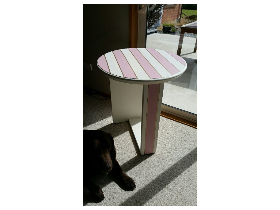 Pink stripe table.