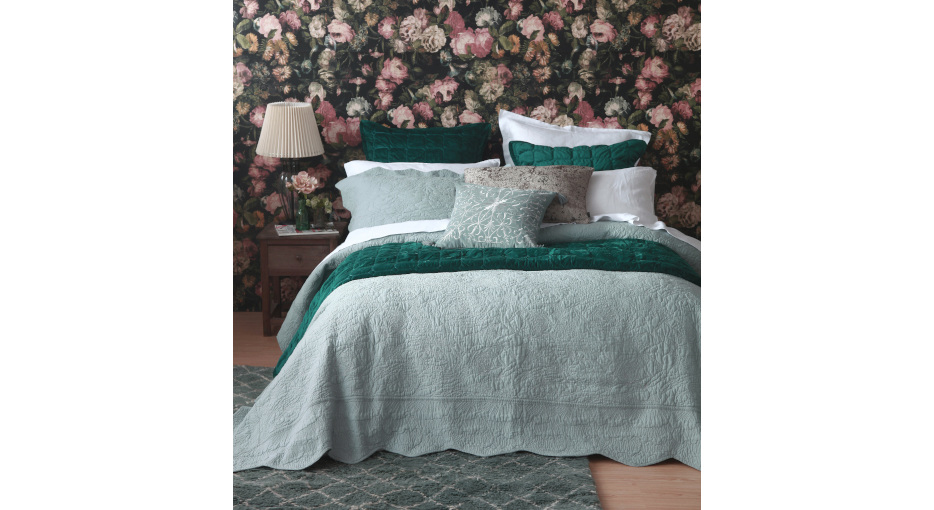 Ara Bedspread Set Seafoam