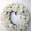 Wreath white mixed roses 1584