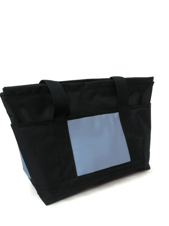 A tote bag made in New Zealand and free shipping