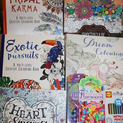 Adult Colouring-in Books