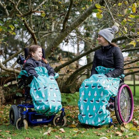 Adult fleece-lined wheelchair cosy