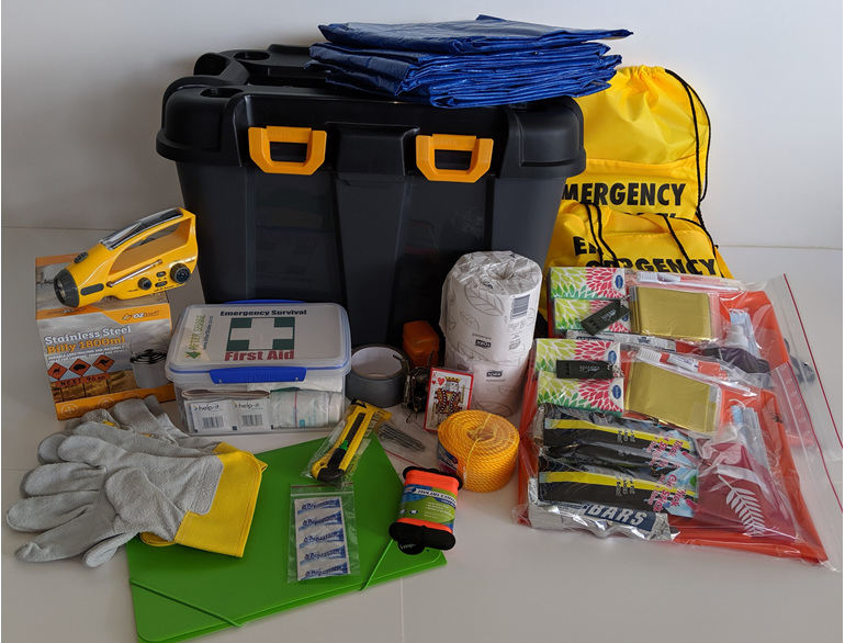 After Shake Four Person Emergency Kit