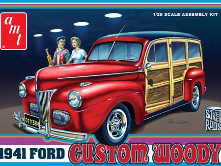AMT 1/25 1941 Ford Custom Woody