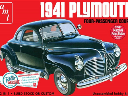 AMT 1/25 1941 Plymouth 4-Passenger Coupe Car