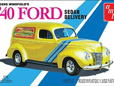 AMT 1/25 Gene Winfields 40 Ford Sedan Delivery