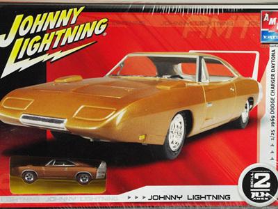 AMT 1/25 Johnny Lightning 69 Dodge Charger Daytona