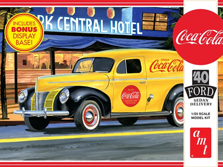 "AMT 1/25 1940 Ford Sedan ""Coca-Cola"" Delivery Van"