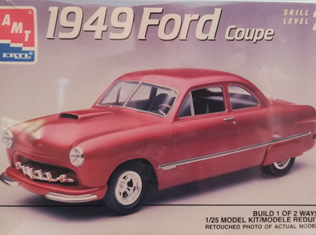 AMT 1/25 1949 Ford Coupe (AMT6805)