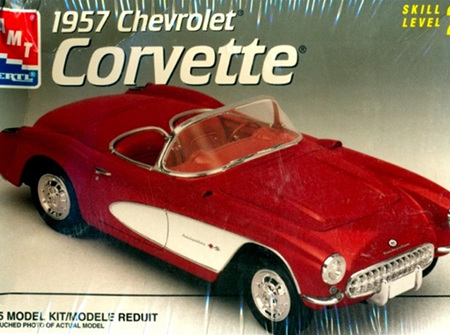 AMT 1/25 1957 Chevy Corvette