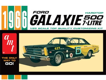 AMT 1/25 1966 Ford Galaxie 500 7-Litre Hardtop Car