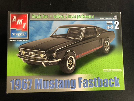 AMT 1/25 1967 Ford Mustang Fastback (AMT31550)