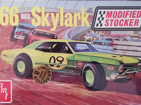 AMT 1/25 66 Buick Skylark Modified Stocker