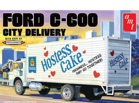 AMT 1/25 Ford C-600 City Delivery (AMT1139)