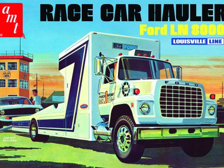 AMT 1/25 Ford LN 8000 Race Car Hauler