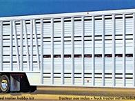 AMT 1/25 Wilson Livestock Van Trailer