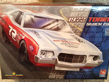 AMT (Model King) 1/25 1972 Gran Torino Nascar