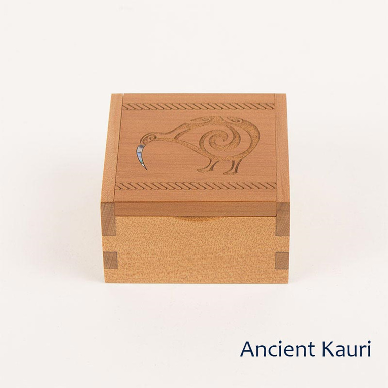 ancient kauri ring box - kiwi