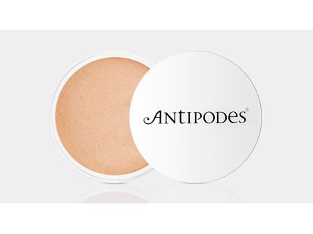 Antipodes Mineral Foundation Beige 03 6.5g