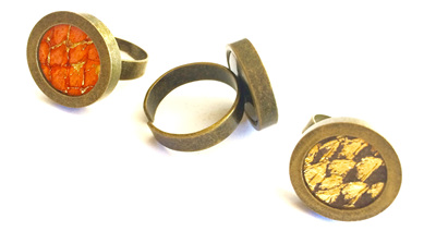 Antique brass solid set ring