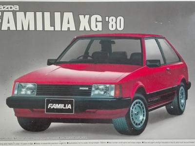 Aoshima 1/24 Mazda Familia XG 1980