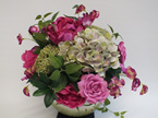 #artificialflowers #fakeflowers #decorflowers #fauxflowers#arrangement#pinkgreen