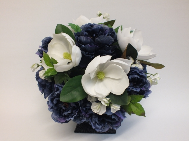 #artificialflowers #fakeflowers #decorflowers #fauxflowers#arrangement#blue#whit