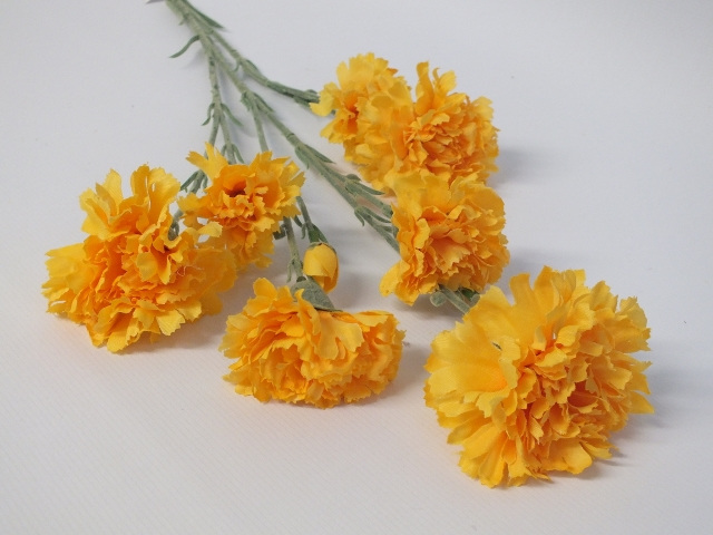 #artificialflowers #fakeflowers #decorflowers #fauxflowers#carnation#yellow#silk