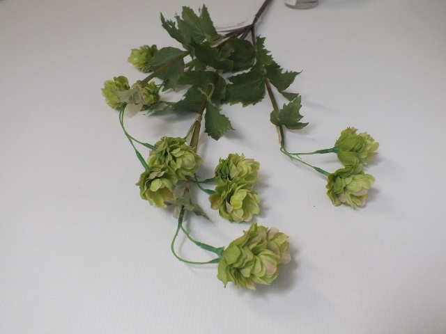#artificialflowers #fakeflowers #decorflowers #fauxflowers#silk#hop#green#