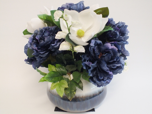 #artificialflowers #fakeflowers #decorflowers #fauxflowers#arrangement#bluewhite