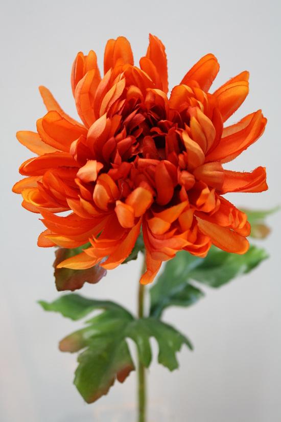#artificialflowers #fakeflowers #decorflowers #fauxflowers#chrys#orange