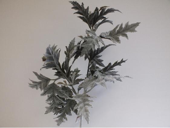 #artificialflowers #fakeflowers #decorflowers #fauxflowers#silk#seaholly#grey#