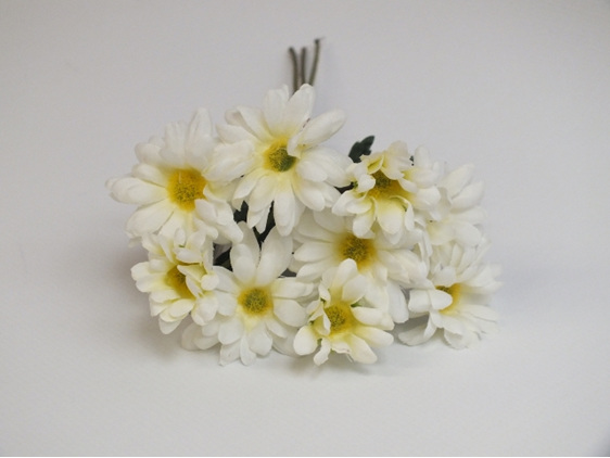 #artificialflowers #fakeflowers #decorflowers #fauxflowers#daisy#white#