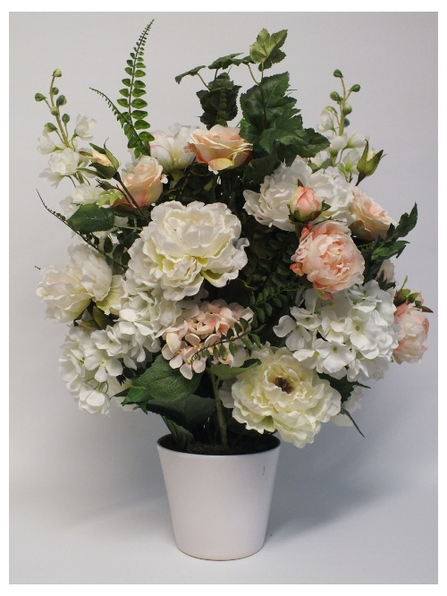 #artificialflowers #fakeflowers #decorflowers #fauxflowers#arrangement#cream
