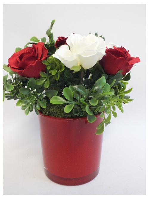 #artificialflowers #fakeflowers #decorflowers #fauxflowers#redandwhiteroses