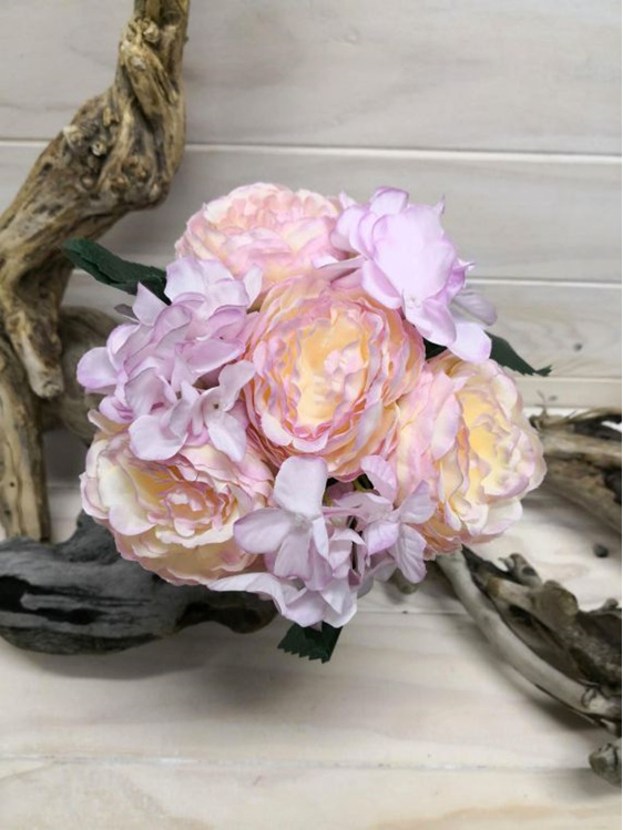 #artificialflowers #fakeflowers #decorflowers #fauxflowers#silk#mauve#posy