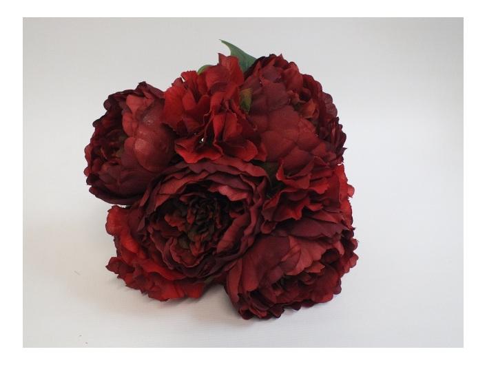 #artificialflowers #fakeflowers #decorflowers #fauxflowers#red#silk#posy