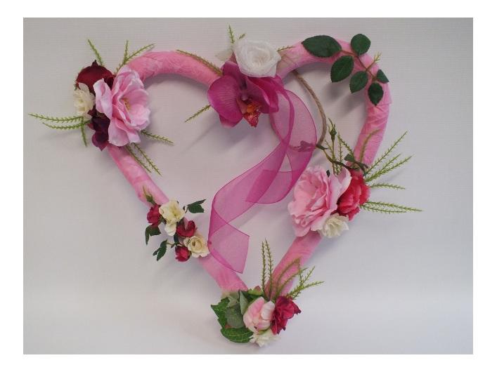 #artificialflowers #fakeflowers #decorflowers #fauxflowers#arrangement#heart