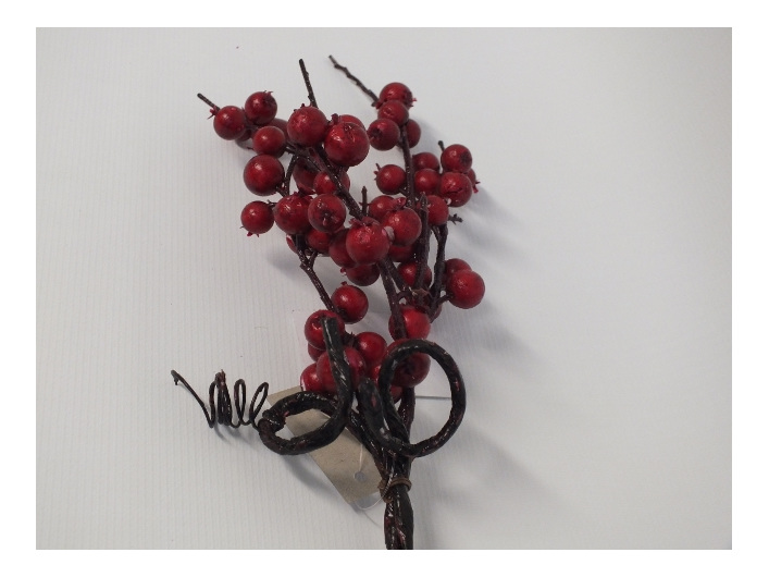 #artificialflowers #fakeflowers #decorflowers #fauxflowers#berry#red