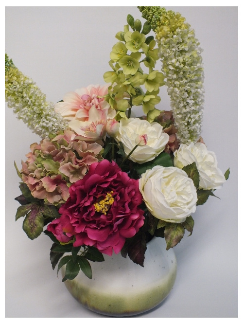 #artificialflowers #fakeflowers #decorflowers #fauxflowers#arrangement#gardenmix